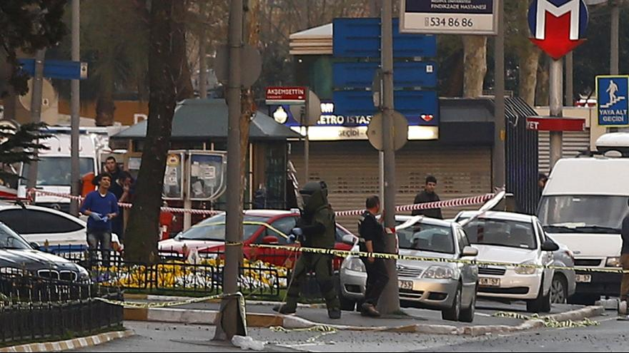 Female attacker shot dead near Instanbul police building