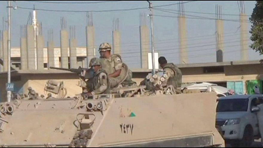 En torno a siete soldados egipcios han muerto en varios ataques en la península del Sinaí