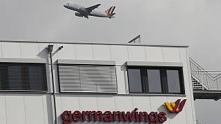 Συντριβή Germanwings- Γιατί «μπάζει» το σενάριο της αυτοκτονίας του Λούμπιτς;