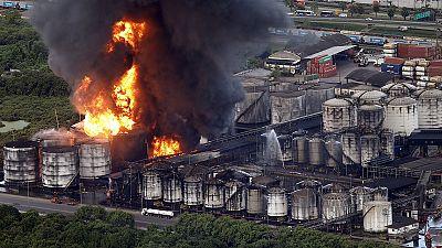 Brazil: Fireballs seen at huge fuel storage blaze