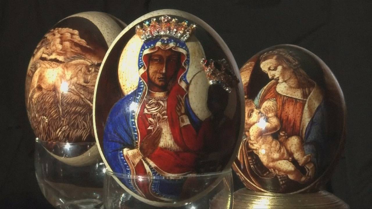 Polish artist transforms Easter eggs decoration into delicate art form
