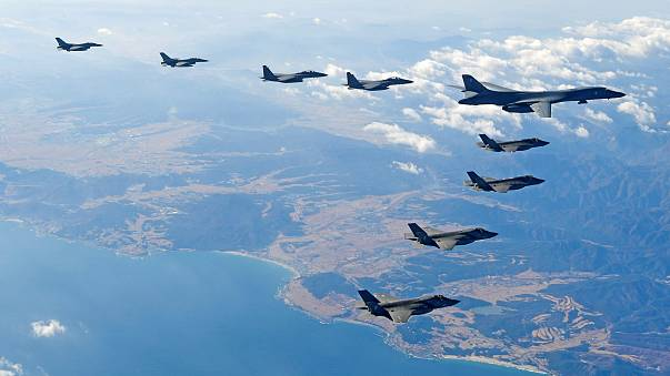 Image: U.S. Air Force B-1B bomber flies in formation during a joint aerial