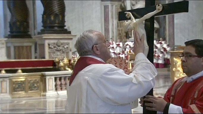 Célébrations du Vendredi saint, de Rome à Jérusalem