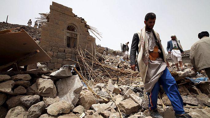 اشتباكات في عدن والحوثيون يتراجعون عنها