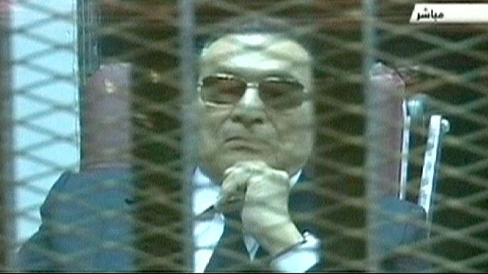 Mubarak ismét bíróság előtt