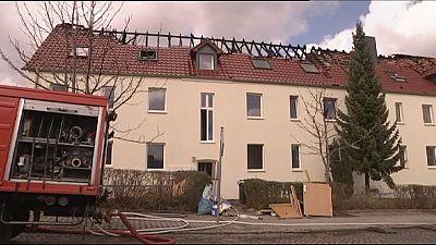 Germania, forse doloso l'incendio di un alloggio per richiedenti asilo in Sassonia
