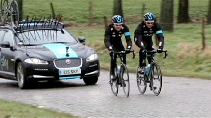 Sky presenta su bicicleta contra los adoquines