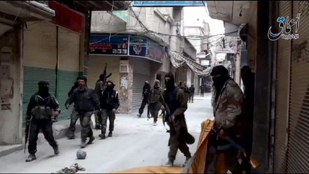 Abás condena la ofensiva de los yihadistas en el campo de refugiados palestinos de Yarmuk