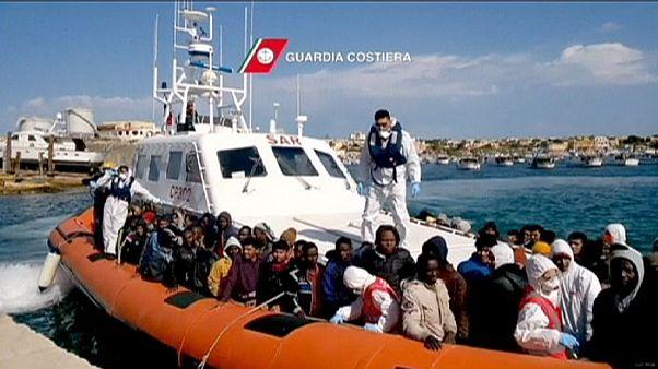 Italienische Küstenwache rettet 1.500 Bootflüchtlinge
