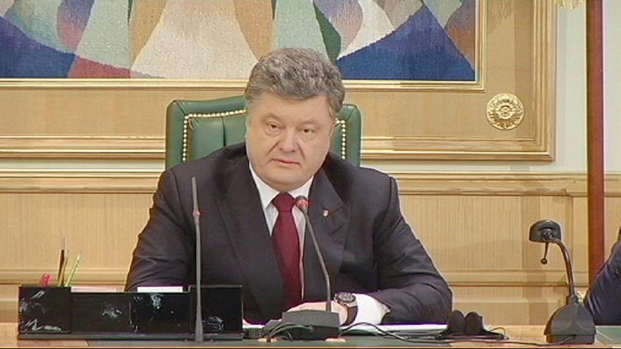 Poroşenko'dan yerel yönetim reformu için referandum açıklaması