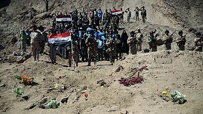 Des fosses communes de victimes de l'EI découvertes près de Tikrit