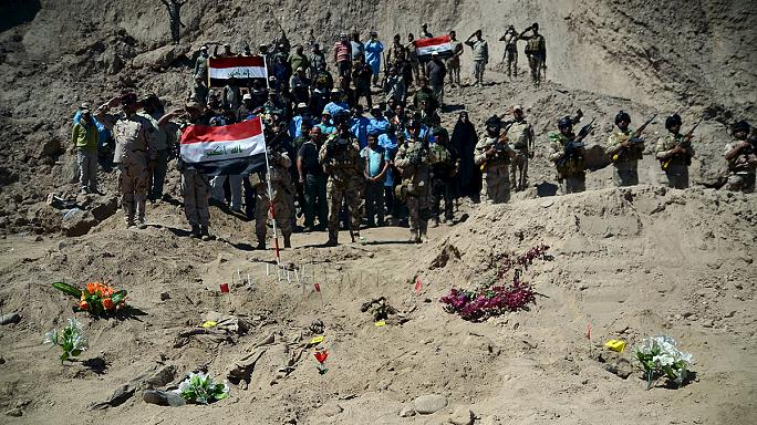 Iraqi army uncovers ISIL's grim legacy in Tikrit mass graves