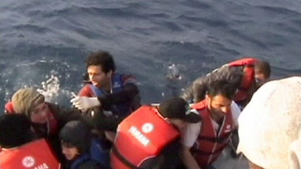 Refugiados sirios a la deriva en la costa de Turquia