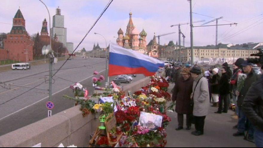 40 jours après le meurtre de Nemtsov, minute de silence à Moscou