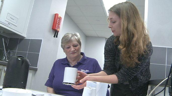 Felç geçiren hastalara günlük yaşamlarında yeni umut