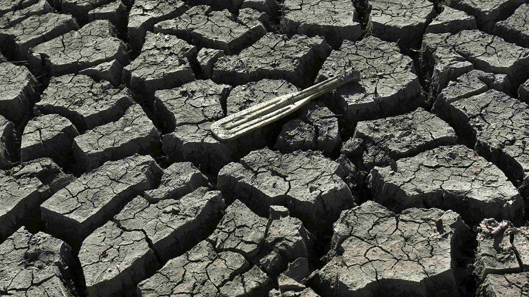 Carly Fiorina arremete contra ecologistas y demócratas por la sequía de California