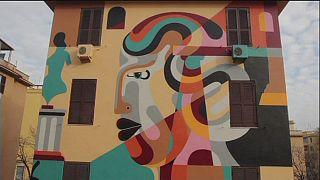 Street art και γκράφιτι σε υποβαθμισμένη συνοικία της Ρώμης