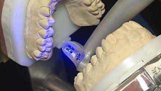 Technológiai újdonságok a mosoly szépségéért - Imagina Dental 2015