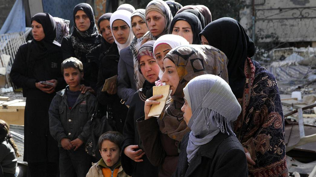 Yarmouk Palestinians crushed between ISIL and Assad