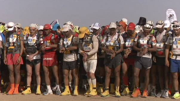 Çöl Maratonu'nun ilk iki gününde 37 koşucu pes etti