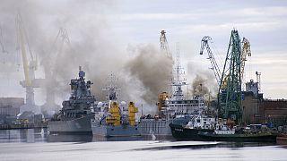 Nükleer denizaltıdaki yangın söndürüldü