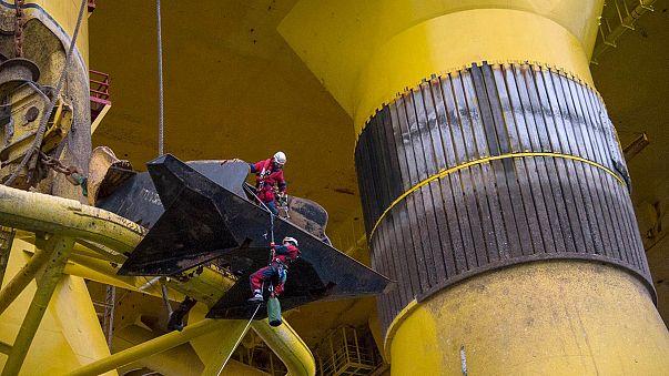 Greenpeace in azione contro Shell per fermare trivellazioni Artico