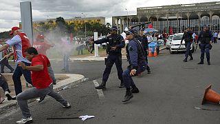 Brazília: tömegtüntetések egy törvényjavaslat miatt