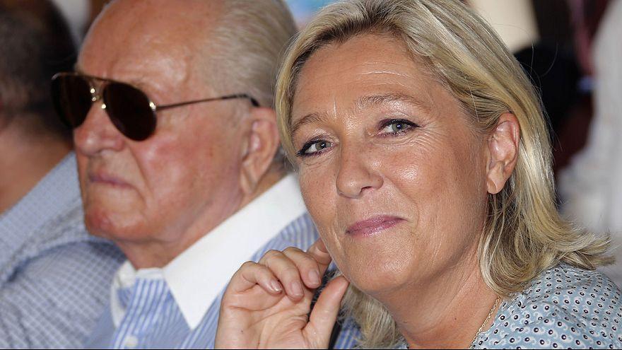 """Le Pen: """"Irkçı"""" ve """"provakatör"""" baba kendi kurduğu partiden atılıyor mu?"""