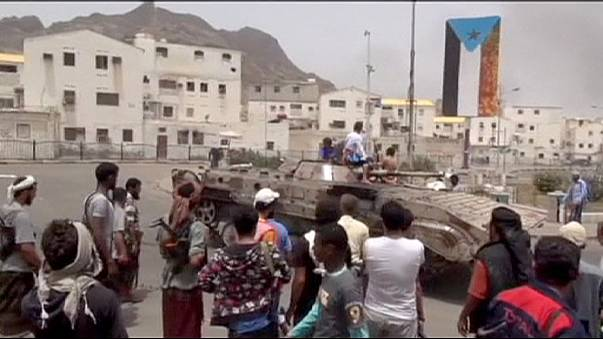 Súlyosbodnak a harcok Jemenben