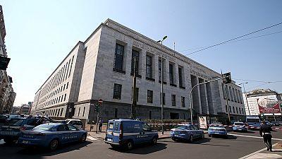 Tres muertos, entre ellos un magistrado en un tiroteo en el Palacio de Justicia de Milán