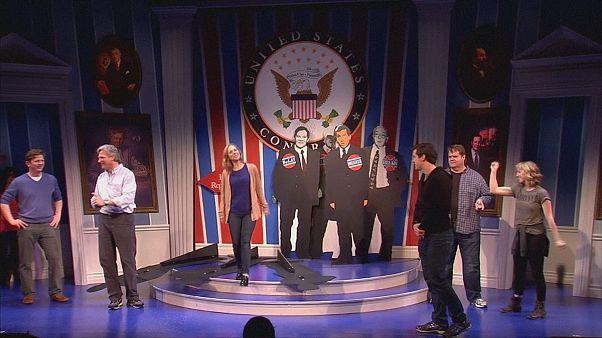 Clinton és Lewinsky dalra fakad a Fehér Házban
