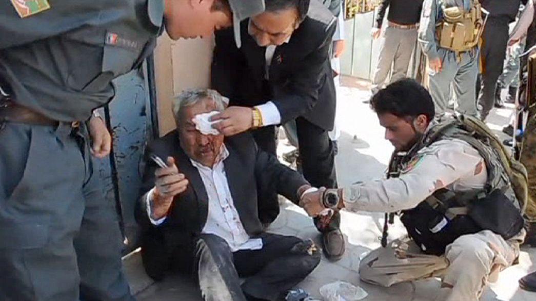 مقتل وجرح العشرات في هجوم شنته طالبان على مجمع للمحاكم في مزار شريف