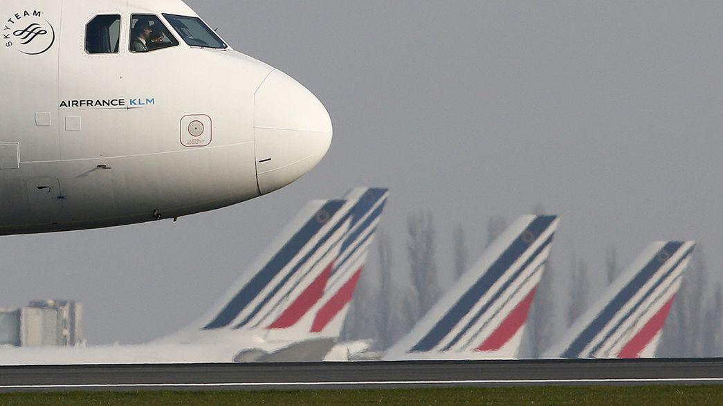 Francia, ancora centinaia di voli cancellati