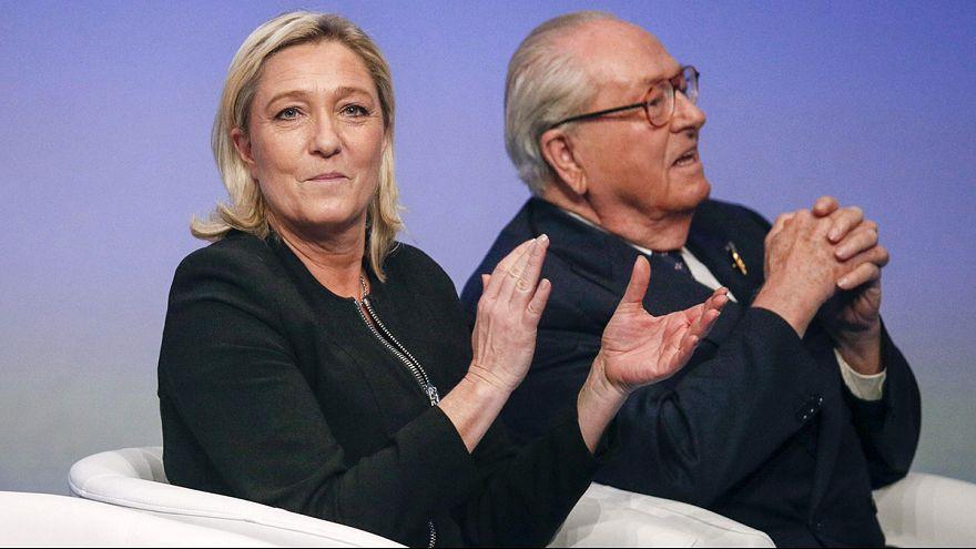 """França: líder da Frente Nacional submete pai a """"processo disciplinar"""""""