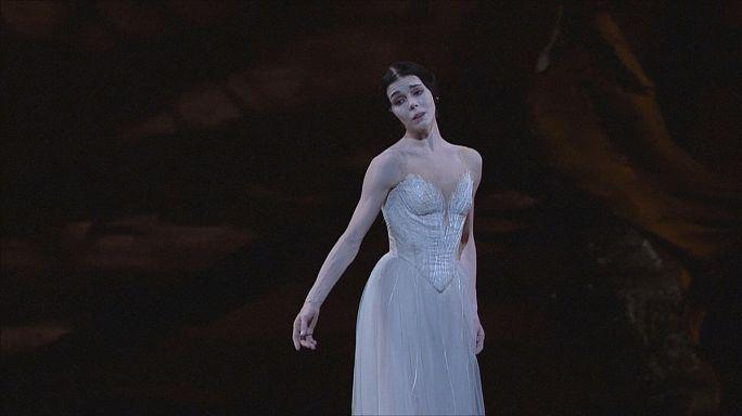 ناتاليا اوسيبوفا نجمة الباليه العالمية ترغب في خوض تجربة الرقص المعاصر