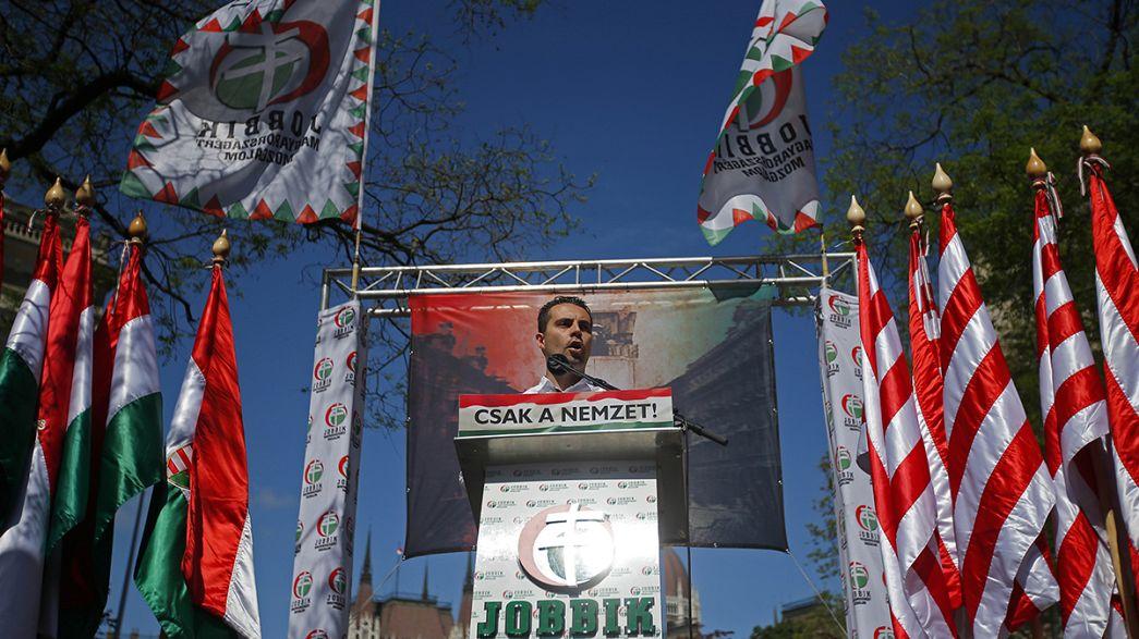 Hongrie : l'extrême droite tente de redorer son image
