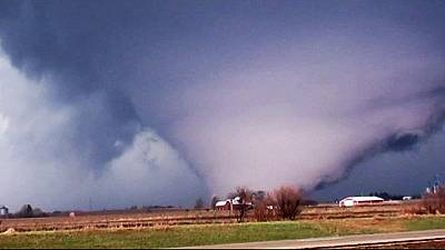 EUA: Estados do Midwest varridos por tornados