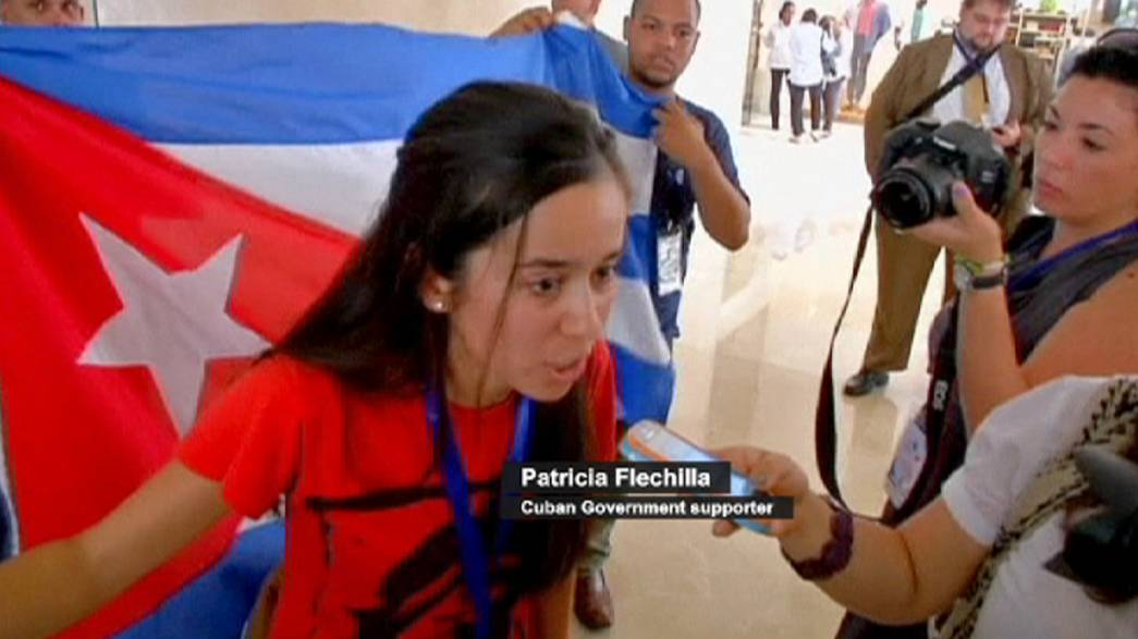 Apoiantes e opositores de Raúl Castro confrontam-se no Panamá