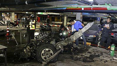 Autobomba in Tailandia: 6 feriti, solo spavento per una dodicenne italiana