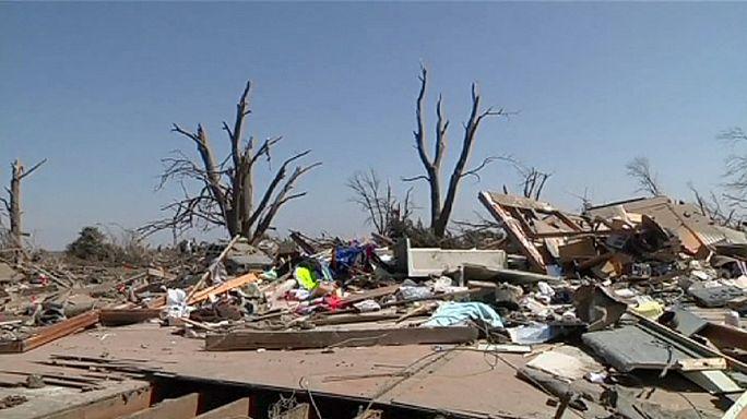 Средний Запад США - во власти торнадо