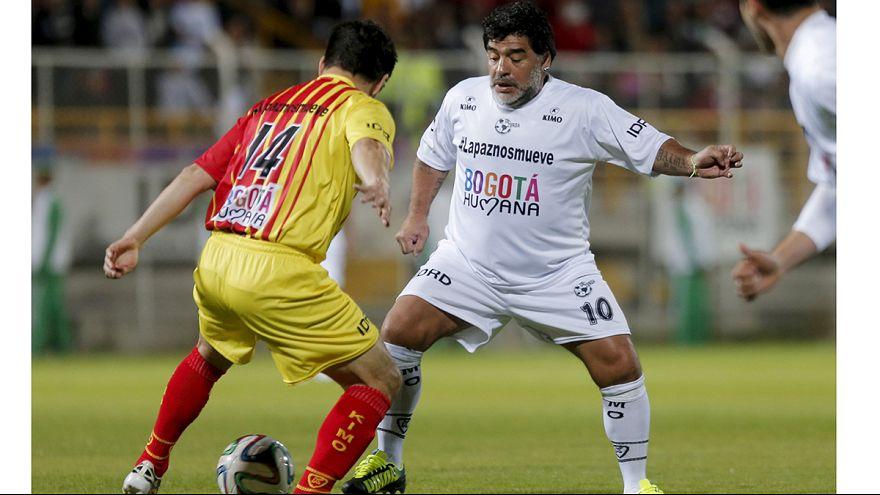 Maradona, 54 anni e non sentirli: gol e spettacolo in Colombia
