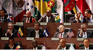 Nagy várakozások az Obama-Castro találkozó előtt