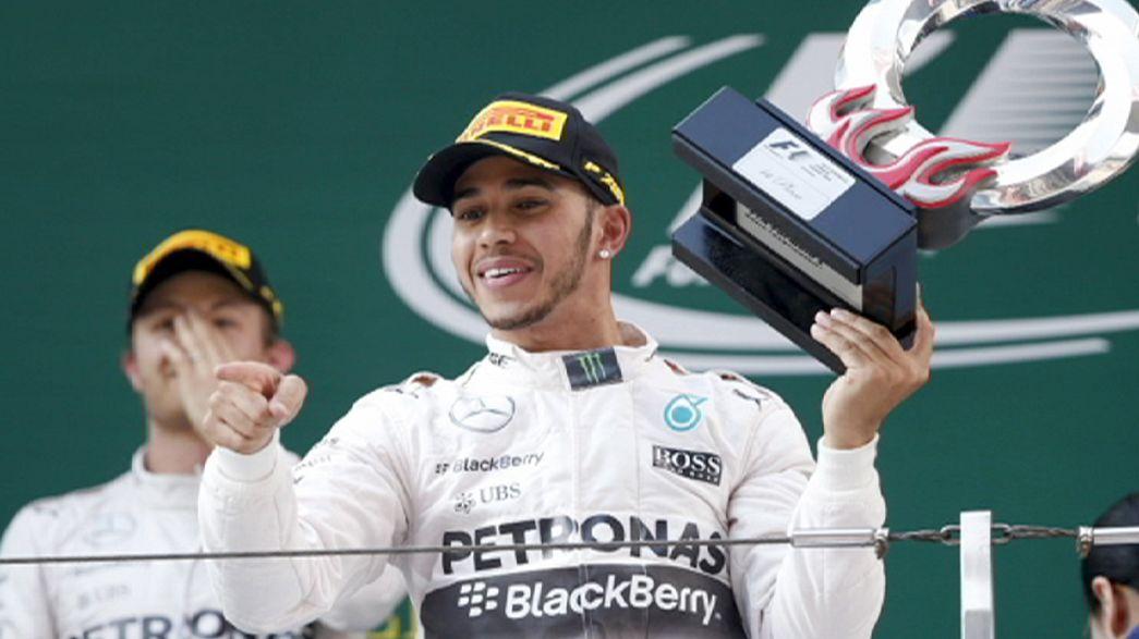 Lewis Hamilton Şanghay'da krallığını ilan etti