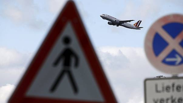 Germanwings: Chaos in Köln nach Bombendrohung per E-Mail