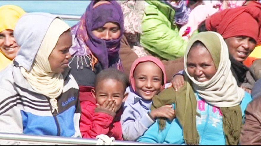 Sicilya kıyılarında 1.700 kaçak göçmen kurtarıldı