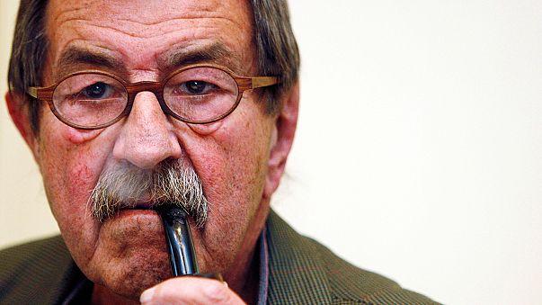 """Portrait de Günter Grass, l'écrivain de la """"mauvaise conscience"""" allemande"""
