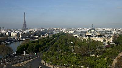 Paris City Hall votes in favour of bidding for 2024 Olympics