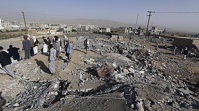 Jemen: Stadion und Militärakademie unter Beschuss aus der Luft