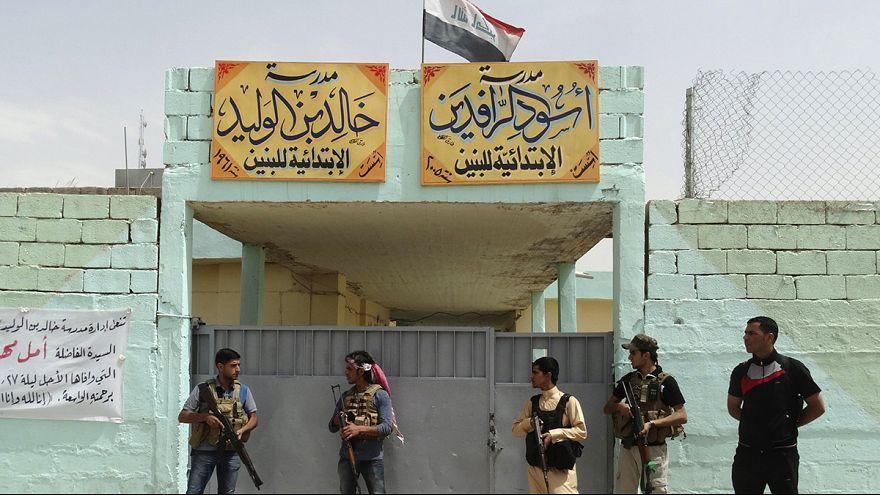Los yihadistas de Estado Islámico tratan sin éxito de retomar la mayor refinería de Irak
