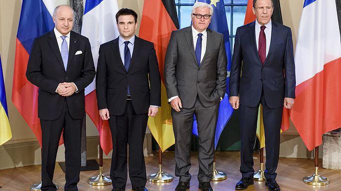 محادثات وزارية رباعية بشان اوكرانيا تتفق على توسيع سحب الاسلحة الثقيلة من منطقة النزاع